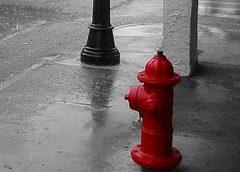 Современный пожарный гидрант